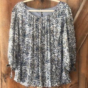 Dressbarn scoop neck blouse plus size